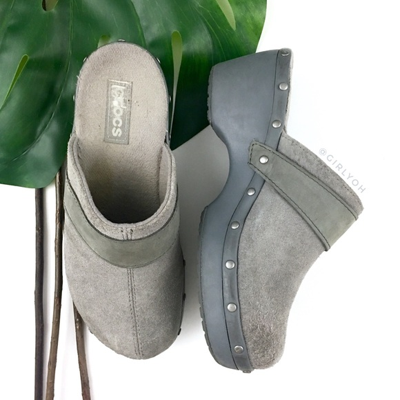 0eaed7ac7 CROCS Shoes - CROCS Gray Cobbler Stud Leather Suede Mule Clogs 6